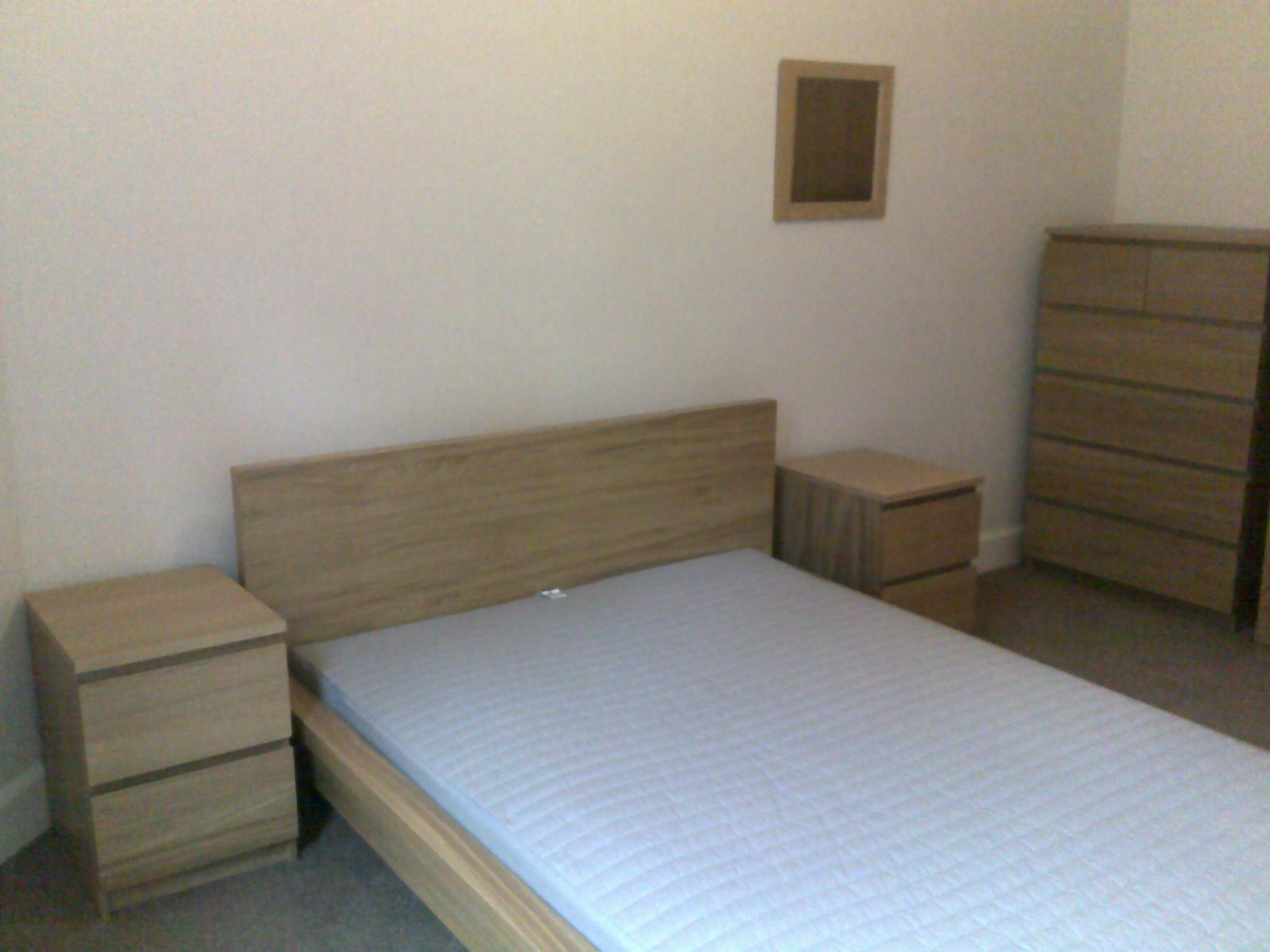 Lochrin Place 16 1f2 Bedroom 2