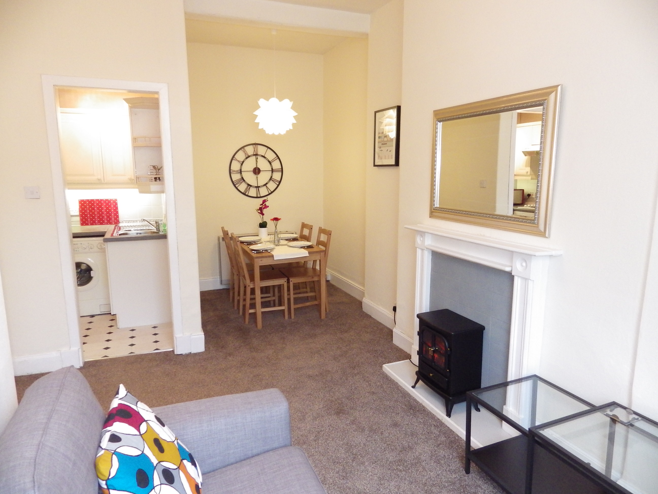 Wardlaw Street 20 2f3 Lounge 5