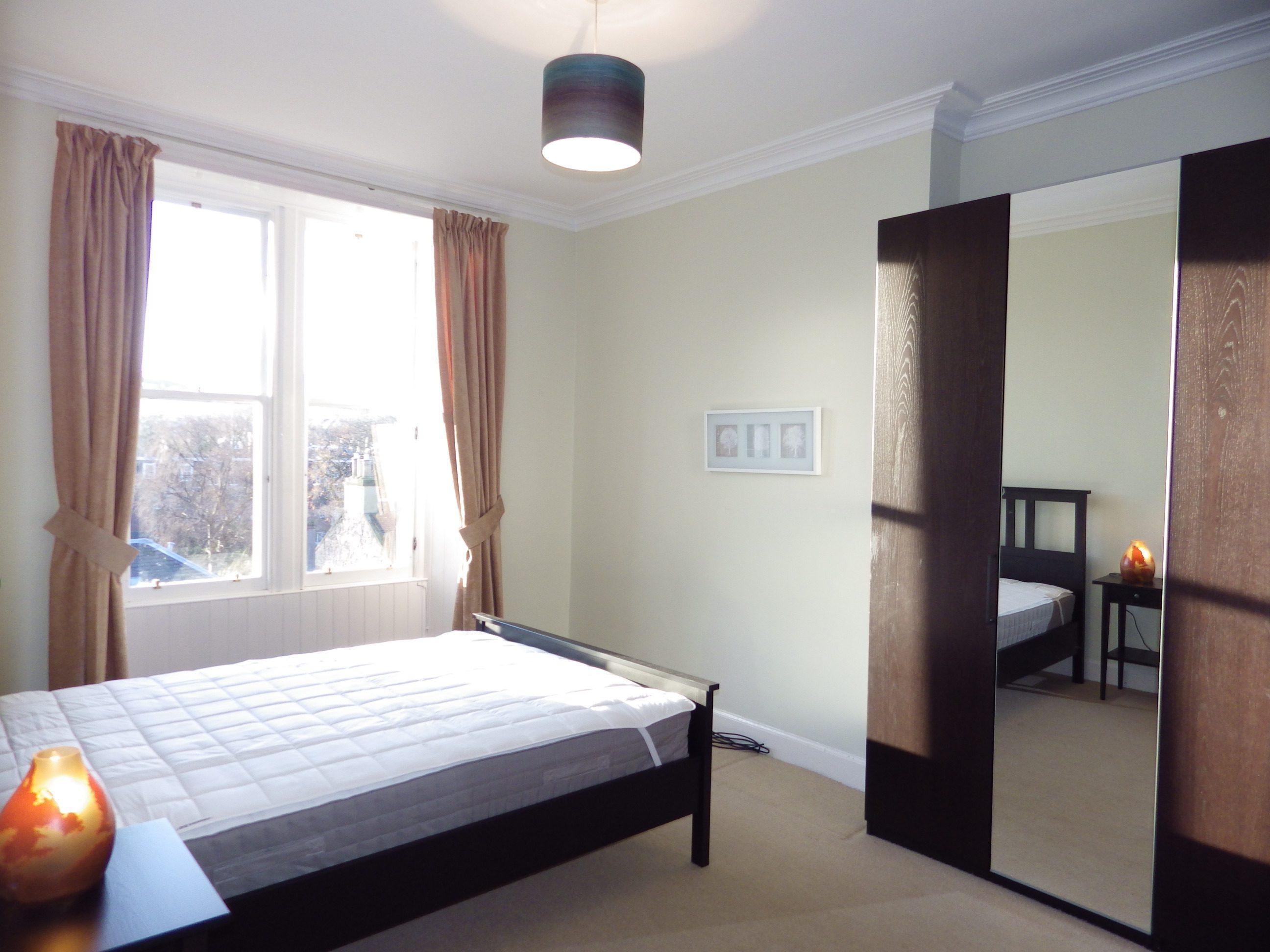 Jordan Lane 22 f11 Bedroom