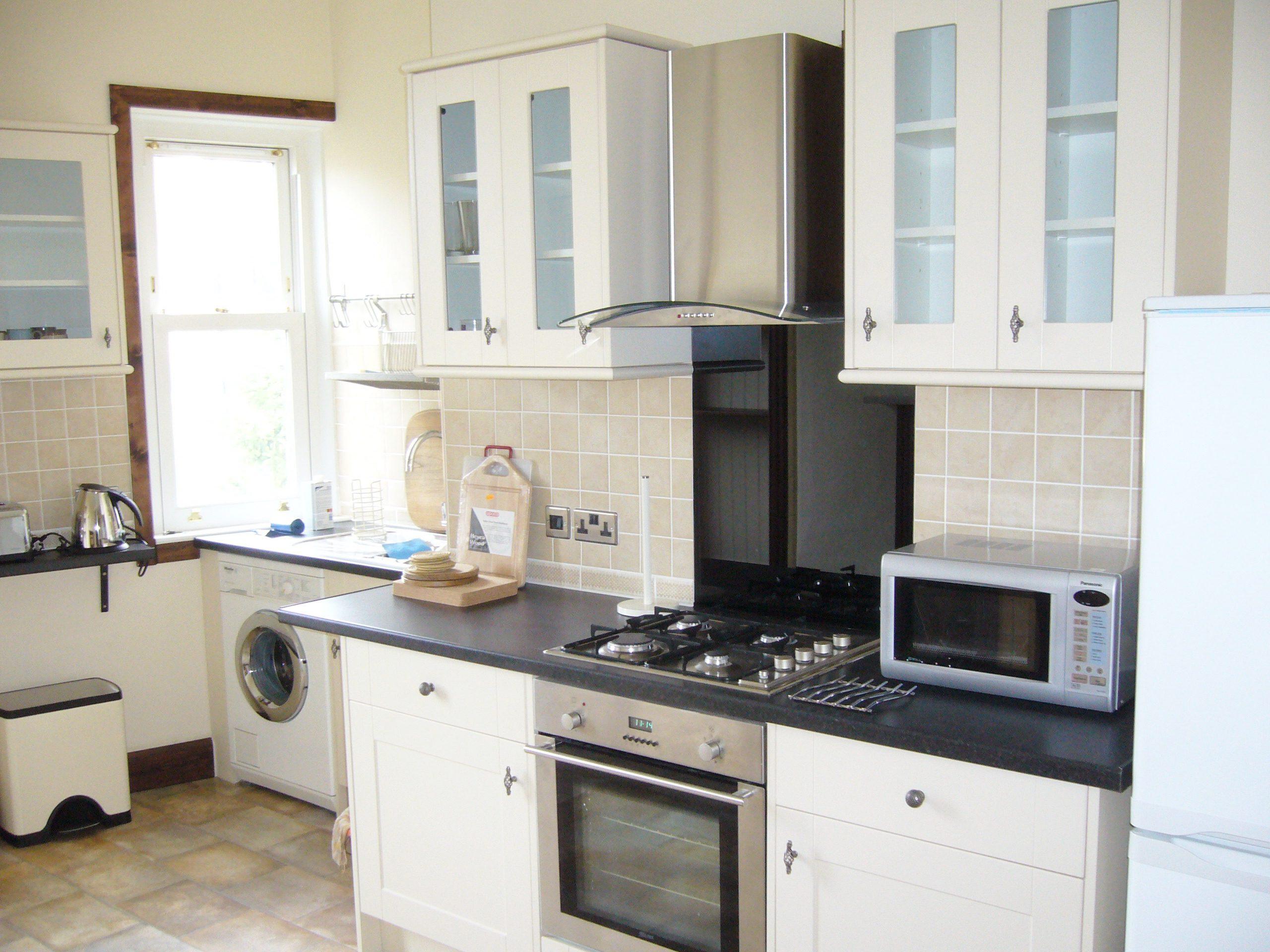 Millar Crescent 12 Kitchen